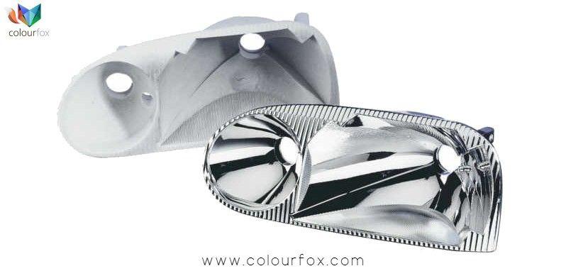 Muestra de retocar el interior de una óptica de faro con efecto cromo 100% Go Chrome - Colourfox
