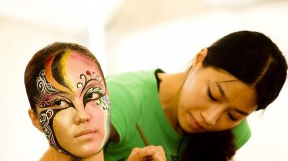 Best body paint designs for this summer